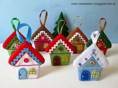 Felt pendants for the Christmas tree 0 Christmas Projects, Felt Crafts, Christmas Crafts, Christmas Houses, Christmas Tree, Fabric Ornaments, House Ornaments, Felt Christmas Decorations, Felt Christmas Ornaments