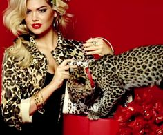 Kate Upton Guess Accessories Fall 2011 Campaign | Beverly Hills Honeys
