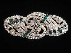 COLLEEN - Art Deco Brooch (c1930)- clear & emerald green rhinestones #BroochesforDresses
