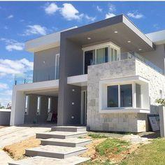 87 most expensive fancy houses design 21 Modern House Facades, Modern Exterior House Designs, Dream House Exterior, Modern House Plans, Modern House Design, Exterior Design, Modern Architecture, Duplex House Design, House Front Design