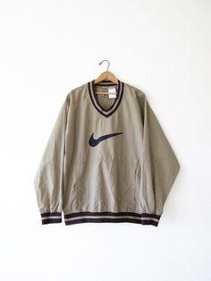 6f5ba7efeec6ea Vintage 1990s Nike Air Pullover Windbreaker Jacket Sz L