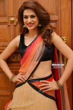 shraddha das sexy saree