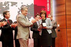 La Cámara de Álava premia la apuesta por la internacionalización de Eguren Ugarte http://www.vinetur.com/2012112810625/la-camara-de-alava-premia-la-apuesta-por-la-internacionalizacion-de-eguren-ugarte.html