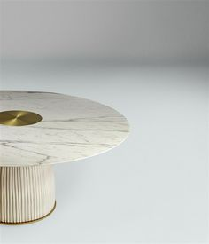Dione table