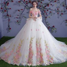 Chic / Beautiful Multi-Colors Wedding Dresses 2018 Ball Gown Appliques Crystal Off-The-Shoulder Backless Sleeveless Royal Train Wedding - Wedding Design Royal Dresses, Quince Dresses, Ball Dresses, Ball Gowns, Western Wedding Dresses, Wedding Dresses 2018, Quinceanera Dresses, Gown Wedding, Tulle Wedding