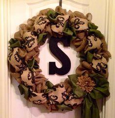 Large burlap wreath with bow and fluer de lis burlap