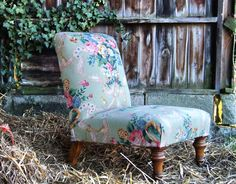 Items similar to Antique Victorian Slipper Chair with French Floral Linen on Etsy Nursing Chair, Stylish Chairs, Upholstered Chairs, My Room, French Vintage, Accent Chairs, Upholstery, Victorian, Interiors