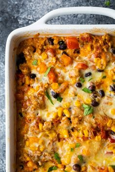 ground turkey tacos Mexican spaghetti squash casserole with ground turkey, black beans, corn and cheese. Simple to prepare, lower in carbs, and leftovers keep amazingly well! Veggie Recipes, Mexican Food Recipes, Vegetarian Recipes, Cooking Recipes, Vegetarian Kids, Fun Recipes, Mexican Dishes, Diabetic Recipes, Potato Recipes