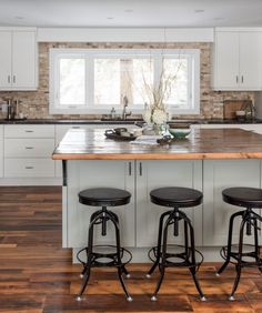 51 best Updating the side-split images on Pinterest   House ... Houzz Home Design Kitchen Is E A on