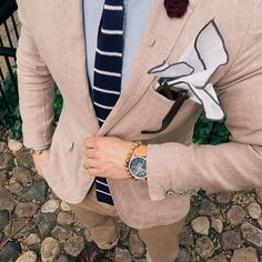 Details make all the difference. Men's style