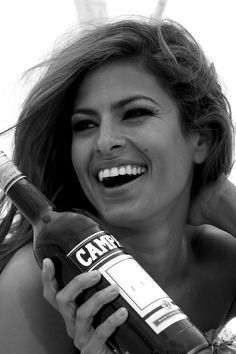 Eva Mendes beautiful smile with white teeth. Ofdentalcare.com #OralHealth #BeautifulTeeth #Smile