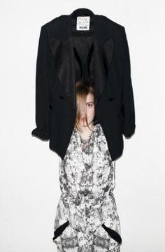 photo: Kuba Dąbrowski styling: Monika Kucel model: Francesca Ruffle Blouse, City, Women, Fashion, Moda, Women's, Fashion Styles, Cities, Woman