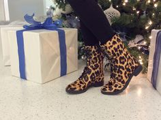 3b6d97575aba OMG I love these Leopard print boots!