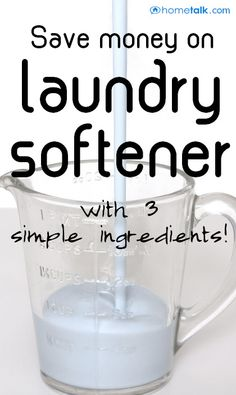 This laundry softener recipe you gotta have it! Homemade Laundry Softener, Homemade Fabric Softener, Homemade Laundry Detergent, Diy Home Cleaning, Homemade Cleaning Products, Natural Cleaning Products, Cleaning Hacks, Cleaners Homemade, Diy Cleaners