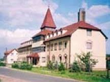 magán idősek otthona fejér megye - Google-keresés Mansions, House Styles, Google, Home Decor, Decoration Home, Manor Houses, Room Decor, Villas, Mansion