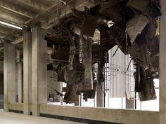 Exhibition view, Quand les artistes s'approprient le bâtiment - Palais de Tokyo, Paris - 2012
