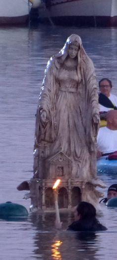 Santa Maria del Canneto, Gallipoli. La dedica a Santa Maria del Canneto si ricollega, a un miracolo a cui assistettero alcuni pescatori gallipolini che, nel bel mezzo di un incendio nei pressi del porto, in un canneto, recuperarono dalle fiamme un'icona della Madonna perfettamente intatta.