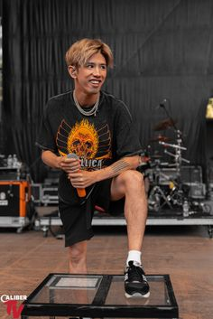 Listen to every One OK Rock track @ Iomoio One Ok Rock, August Burns Red, Takahiro Moriuchi, Mayday Parade Lyrics, Rock Sound, Alan Ashby, We The Kings, The Amity Affliction, People