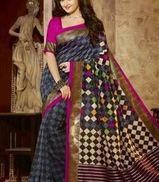 Purchase wedding sarees, marriage sarees, at Mirraw online store-Wide scope of selective wedding sarees with rich outskirts, zaris and excellent themes Wedding Sarees Online, Saree Wedding, Ethnic Sarees, Wedding Designs, Marriage, Sari, Indian, Pattern, Model