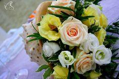 Perfectday - weddingitalianstyle - beach wedding  - yellow - pink - white wedding flower design sea style and beach in Italy for your wedding