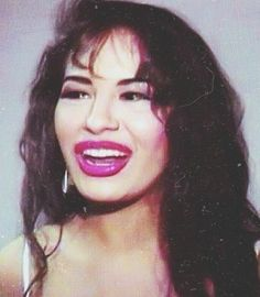 🌹Queen of Texas🌹 Selena Quintanilla Perez, Buffy, Selena And Chris Perez, Selena Pictures, Celebrity Makeup Looks, Queen, Her Music, Celebs, Celebrities