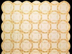 Amish Wedding Ring Quilt   Double Wedding Ring Quilt. A great quilt with more quilting and better ...