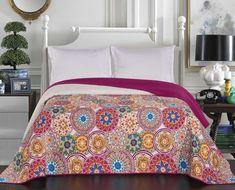 Cuvertura reversibila Bibi Pink / White #homedecor #interiordesign #inspiration #homedesign Interior Decorating, Interior Design, Interior And Exterior, Pink White, Comforters, Bedroom Decor, House Design, Blanket, Modern
