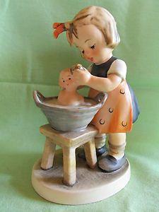 Hummel ~ Doll Bath