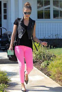 little black blog: Color en los pantalones.