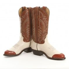 Own a piece of the American West with a pair of men's Tony Lama cowboy boots from PFI Western Store. Mens Boots Brands, Boot Brands, Western Boots, Cowboy Boots, Tony Lama Boots, Western Store, Men's Collection, Westerns, Pairs
