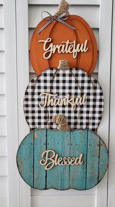 Fall Wood Crafts, Thanksgiving Crafts, Holiday Crafts, Diy Crafts, Pumpkin Crafts, Dollar Tree Decor, Dollar Tree Crafts, Fall Halloween, Halloween Crafts