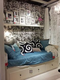 teen bedroom - shelf & frames over daybed  This is actually Lindy's bed...