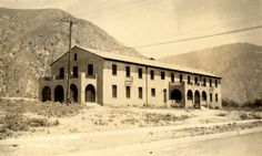 U. S. Veterans' Hospital, San Fernando, California, circa 1920. San Fernando Valley History Digital Library.