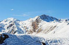 Station de Ski Superbagnères - Luchon - Par CRT Midi-Pyrénées / Dominique VIET #TourismeMidiPy #MidiPyrenees #france #tourism #holiday #vacation #travel #ski #snow #neige #skiresort