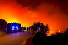 24 hours in pictures: Forest fire in Algarve  Uno de los lugares más lindos del mundo :(