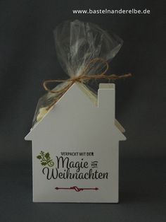 "One of my projects for the Christmas Club is a package that I made with the help of the Framelits ""Welcome home""."