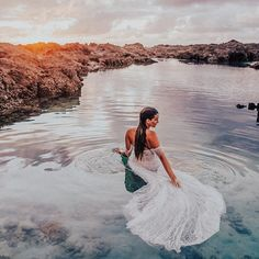 'Look closely at the present you are constructing: it should look like the future you are dreaming.' ~ Alice Walker ✨ Sunday like 💭  @goodvibes_kristen x @epiphanyboutique_carmel North Shore Hawaii, Alice Walker, Sunday, Photo And Video, Bridal, Future, Photography, Inspiration, Instagram