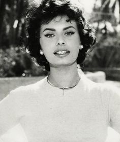 Sophia Loren c.1950 I haven't seen an bad photo of her ever!!!