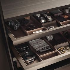 #milandesignweek @rimadesioofficial #Rimadesio #wardrobes #bedroom #salonedelmobile2017  #interiordesign #interiorluxury #cabinets #pureconcept #pureinteriors #giuseppebavuso #italiandesign #madeinitaly