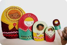 nesting doll painting patterns | you can make your own matryoshka nesting doll puppets in