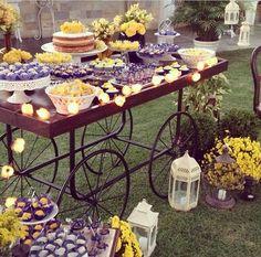 Festa amarela e azul