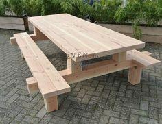 De massieve picknicktafel douglas Forreest is een blikvanger. Hij kan tot 5 m op maat worden gemaakt. Picknicktafel Douglas, de nieuwe generatie tuintafels.