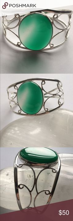 """🎀STERLING SILVER 🎀BOTSWANA AGATE BANGLE -CUFF Pretty Green Botswana Agate .915 Stamped adjustable bracelet . My wrist is 6 1/2"""" and I can close it down to fit. NWOT Jewelry Bracelets"""