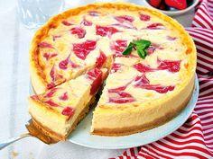 Epres sajttorta. Sweet Desserts, Sweet Recipes, Cake Recipes, Hungarian Recipes, Sugar Free Recipes, Cake Cookies, Tart, Cheesecake, Food And Drink