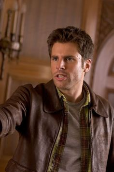 James Roday as Shawn Spencer on Psych Shawn And Gus, Shawn Spencer, Psych Cast, Psych Tv, James Roday, Character Personality, Cute Actors, Interesting Faces, Dream Guy