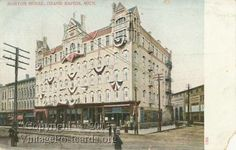 Morton House Hotel and West's Pharmacy in Grand Rapids, Michigan, 1908