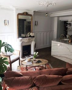 Home Remodel Joanna Gaines Must- See Stunning Parisian Apartment Modern Apartment Decor, French Apartment, Parisian Apartment, Apartment Design, Paris Apartment Interiors, Paris Apartments, Small Living Rooms, Home And Living, Living Room With Fireplace