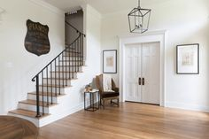 Want to stay in one of Chip and Joanna Gaines' fixer upper vacation rentals? We take a look at their stunning Magnolia House and The Hillcrest Estate, here. Fixer Upper, Magnolia Homes Paint, Magnolia House, Magnolia Farms, Magnolia Mom, Magnolia Colors, Magnolia Wedding, Sherwin Williams Dover White, Chip Und Joanna Gaines