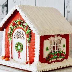Christmas Desserts, Christmas Baking, Christmas Cookies, Cupcake Cookies, Sugar Cookies, Christmas Gingerbread House, Gingerbread Houses, Putz Houses, Sweet Cookies