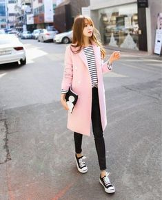 Moda coreana korean style invierno for 2019 Fashion Week, Look Fashion, Winter Fashion, Fashion Outfits, Fashion Trends, Fashion Beauty, Fashion Moda, Fashion Black, Fashion Styles